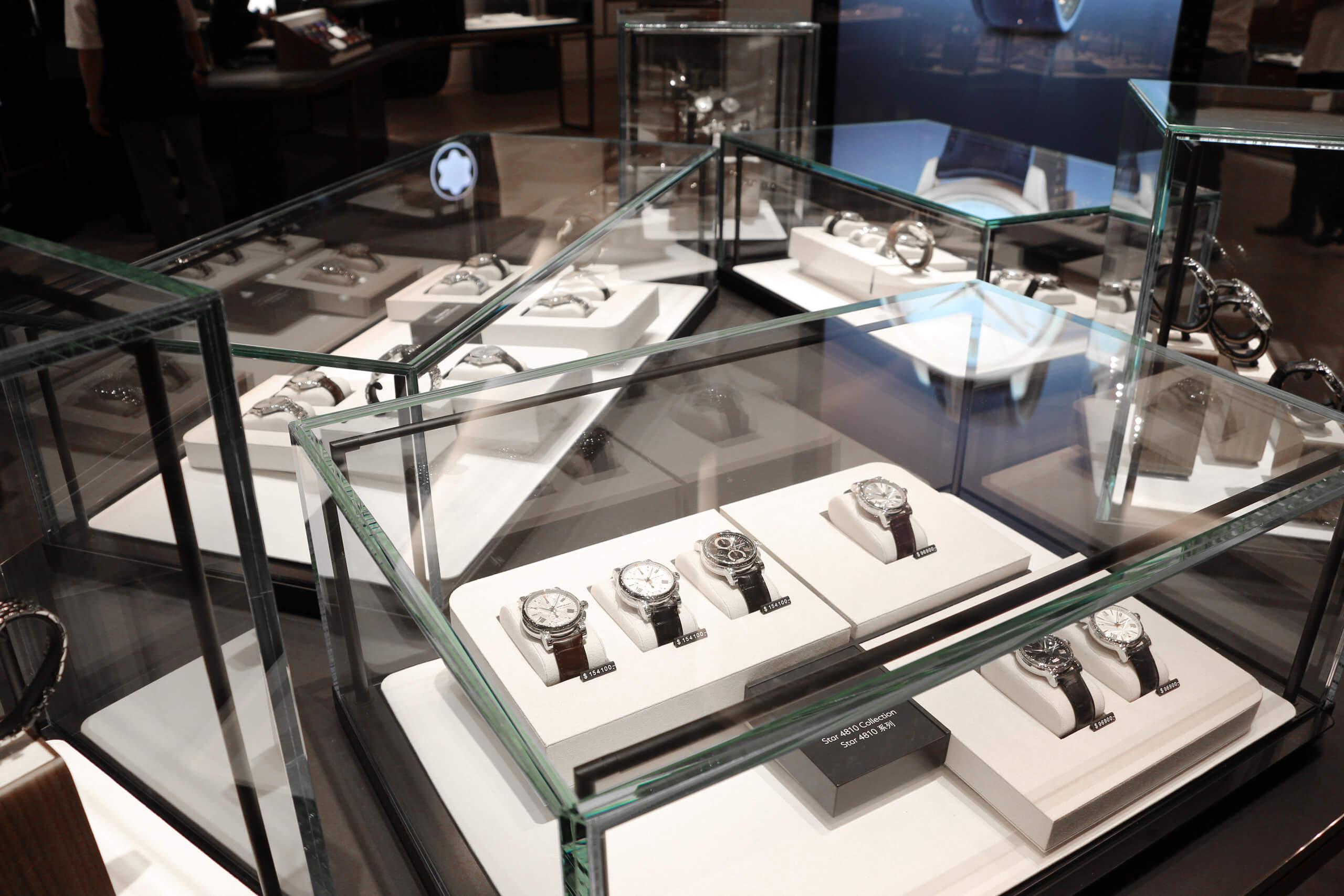 montblanc-pos-display-3